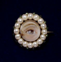 Secret Messages in Jewelry – The Lover's Eye | GIA 4Cs Blog
