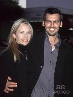 Photo by Russ Einhorn Copyright Star Max 2001 Moulin Rouge film premiere The Academy of Motion Picture Arts and Sciences Beverly Hills _ California Oded Fehr and his wife Rhonda Tollefson Oded Fehr, Two Daughters, 3 Kids, Resident Evil, Beverly Hills, Actors & Actresses, Tv Series, Photo Galleries, Celebrity