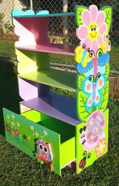 diy easy wood and furniture design heavy work to be light and resolved problems 75 Cardboard Furniture, Hand Painted Furniture, Kids Furniture, Furniture Design, Wood Crafts, Diy And Crafts, Kids Room Design, Kids And Parenting, Painting On Wood