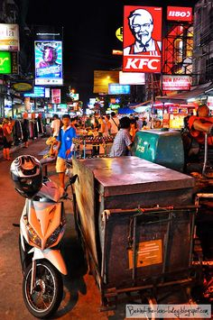 The always awake Khaosan Road - Bangkok Thailand