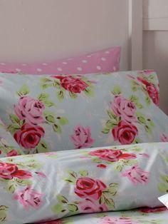 Cath kidston bedding...I love this floral print...it's so pretty.
