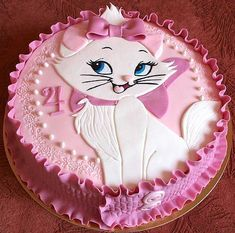 Marie the cat from the Aristocats Cake Baby Cakes, Girl Cakes, Cute Cakes, Pretty Cakes, Beautiful Cakes, Fondant Cakes, Cupcake Cakes, Kitten Cake, Birthday Cake For Cat