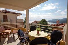 Accommodation in Dubrovnik: apartments, villas / holiday houses Holiday Apartments, Dubrovnik Croatia, Wedding Photoshoot, Eyelashes, Photo Shoot, Villa, Fat, Florida, Outdoor Decor