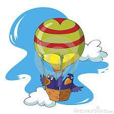 Un cielo grande y sin gente monta en su globo a los pájaros.