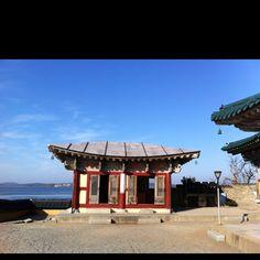 Gan-Wol Temple, Chungchung Nam-do, South Korea