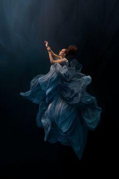 Ilse Moore | Underwater Fashion | Silver Swallow - Art People Gallery
