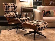 """Compasso on Instagram: """"¡¡Relax time!! Sillón otomano en  pata de gallo 🐓🐓 de @carmina.sanz. Buen fin de semana a tod@s. Síguenos también en Facebook👋🏻😎. . .…"""" Relax, Eames, Lounge, Facebook, Chair, Instagram, Furniture, Home Decor, Nice Weekend"""