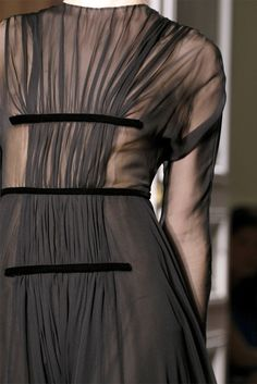 hand pleating--Valentino FW 2012 Couture