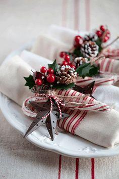 Christmas table decorations [ #christmas #christmastable #christmasdecorations]