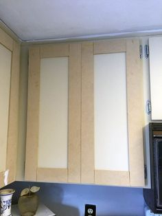 Update your laminate cabinets with classic shaker style doors. DIY your kitchen upgrade with this budget-friendly makeover. Easy project for beginners. cabinet makeover Make Shaker Kitchen Cabinet Doors on a Budget Diy Kitchen Remodel, Laminate Cabinets, Kitchen Upgrades, Shaker Kitchen Cabinets, Kitchen Design Diy, Diy Door, Diy Cabinets, Diy Cabinet Doors, Budget Kitchen Remodel