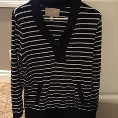 Banana republic sweatshirt Black with white stripes. Pockets in the front! Banana Republic Tops Sweatshirts & Hoodies