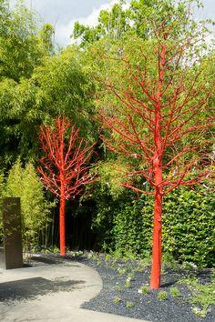 Een dode boom kan ook mooi zijn! Pourquoi ne pas peindre un arbre mort?Festival des Jardins de Chaumont-sur-loire…
