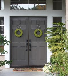 I like this, the dark gray vs. basic black double front doors - so elegant.
