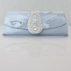 Amazing Silk Small Clutches Read More: http://www.weddingspnina.com/index.php?r=amazing-silk-small-clutches-c110094.html
