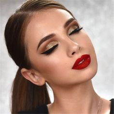 50 Trendy Makeup Looks With Red Lipstick For You – Page 6 of 50 Trendy Makeup Looks With Red Lipstick For You; Stunning Makeup Looks; Red Makup Looks; Red Dress Makeup, Red Lips Makeup Look, Red Lipstick Makeup, Glam Makeup Look, Eyeshadow Makeup, Makeup To Go With Red Dress, Makeup Style, Pretty Makeup, Eyeliner