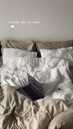Creative Instagram Stories, Instagram Story Ideas, Dream Rooms, Dream Bedroom, Bedroom Inspo, Bedroom Decor, Wall Decor, Aesthetic Room Decor, Cloudy Day