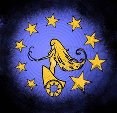 Het embleem van de vijfdejaars is de gouden zegewagen van Nux die een reeks sterren trekt. De wagen staat symbool voor het verderzetten van hun reis om een vampier te worden. De sterren symboliseren de magie van twee jaren als halfwas die ze al achter de rug hebben.