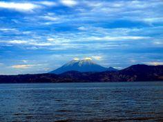 Chinchontepec Volcano seen from Ilopango Lake, El Salvador.  Volcan de Chinchontepec visto desde el Lago de Ilopango, El Salvador