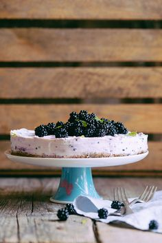 No bake gluten and sugar free blackberry quark cake