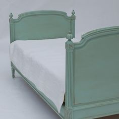 Day bed Custom, French daybed, Bradshawkirchofer, and painted finishes
