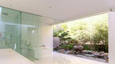 Bad Gestaltung Dusch Kabine freien Blick Garten Bambus