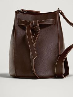 d1837a12728 Women´s Bags   Purses at Massimo Dutti online. Enter now and view our  spring summer 2017 Bags   Purses collection.