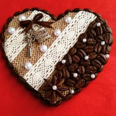 Crafts To Make And Sell, Diy And Crafts, Crafts For Kids, Arts And Crafts, Easy Christmas Ornaments, Christmas Crafts, Valentine Crafts, Holiday Crafts, Coffee Bean Art