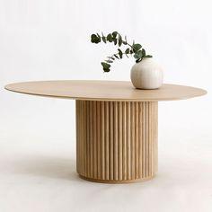 The Palais Ovale is an oval shaped lounge table designed by Anya Sebton & Eva Lilja Löwenhielm. Interior Desing, Interior Decorating, Oval Table, Dining Table, Table Furniture, Furniture Design, Table Beton, Bois Diy, Diy Casa