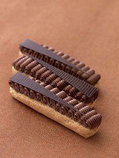 Eclairs au chocolat by Michalak Fancy Desserts, Just Desserts, Dessert Recipes, French Patisserie, Choux Pastry, Beautiful Desserts, French Pastries, Macaron, Cakepops