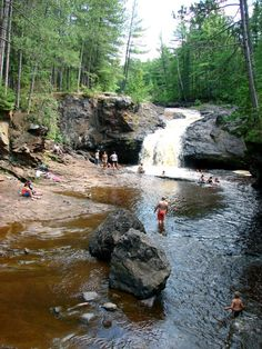Waterfall swimming holes in Wisconsin. (Amnicon Falls)