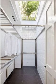 60 drying room design ideas that you can try in your home 55 Small Laundry Room Ideas are a lot of fun if you find the right ones and use them adequately. With the right approach and some nifty ideas you can take things to the next level. Outdoor Laundry Rooms, Modern Laundry Rooms, Laundry Room Layouts, Laundry Room Organization, Outside Laundry Room, Home Design, Küchen Design, Design Case, Design Concepts
