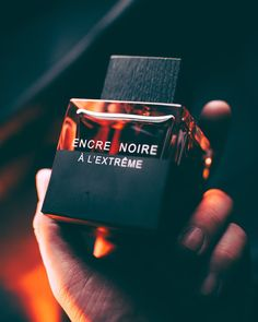 More powerful, richer and more voluptuous, the woody intensity of Encre Noire à. - Parfüm Flakons - в 2020 г More powerful, richer and more voluptuous, the woody intensity of Encre Noire à. - Parfüm Flakons - в. Best Perfume For Men, Best Fragrance For Men, Best Fragrances, Lalique Parfum, Perfume And Cologne, Man Perfume, Diy Fragrance, Deodorant, Perfume Packaging