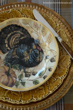 A Proud Tom Turkey provided little table inspiration with Thanksgiving a couple of weeks away! Along with new Fresco Turkey Plates on sale from Pottery Barn. This table came together by happenstan… Thanksgiving Dinner Plates, Thanksgiving Table Settings, Thanksgiving Tablescapes, Holiday Tables, Thanksgiving Decorations, Thanksgiving Wishes, Thanksgiving Recipes, Holiday Decor, Turkey Table