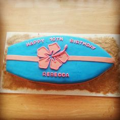 Surfboard cake Surfboard Cake, Surf Cake, Teen Beach Party, Beach Kids, 12th Birthday Party Ideas, Birthday Parties, Birthday Cakes, Funny Cake, Mermaid Birthday