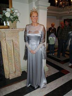 Royal Club - 2 - Page 321 Bridesmaid Dresses, Prom Dresses, Formal Dresses, Wedding Dresses, Dutch Royalty, Queen Maxima, Regina Maxima, Holland, Club