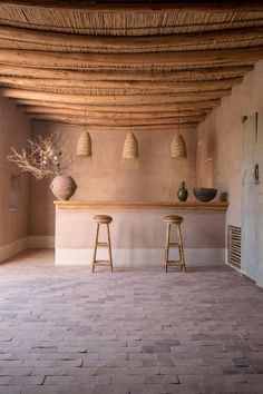 Moroccan Decor 72739 Weekend à Marrakech Decorating On A Budget, Interior Decorating, Interior Design, Interior Architecture, Interior And Exterior, Chimney Decor, Mud House, Balkon Design, Moroccan Decor