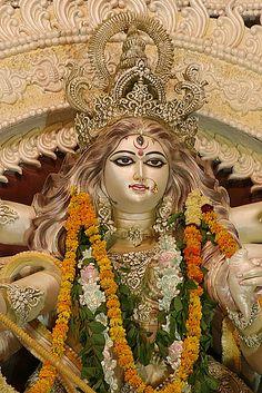 how to make saraswati idol at home