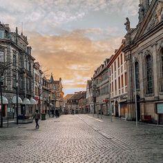 Margrave, Next Door, Mall, Louvre, Street View, Sunset, City, Building, Travel