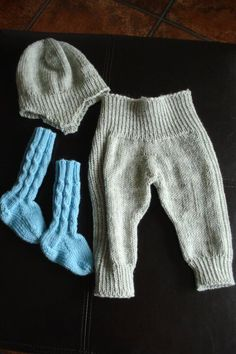 Nyfødt sett Gloves, Fashion, Moda, Fashion Styles, Fashion Illustrations