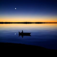 Love this pic by carlos gotay, on the Lake at sundown................perfect.
