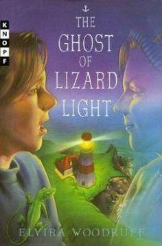 The Ghost of Lizard Light by Elvira Woodruff, Elaine Clayton (Illustrator)