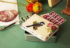 Vintage box bird with flowers £3.25