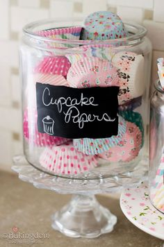 pretty cupcake papers! I know Michelle would love these. (Kira)