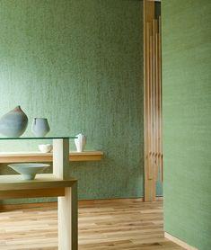 最近「和」が気になるという人は、インテリアアイテムの貿易、販売事業を展開するトミタから2月15日(木)より発売になる「HANA V(ハナ ファイブ)」をチェック! 日本の原風景を想い起こさせるオリジナル壁紙は、どれも洋室にも合わせやすいモダンなデザインです。