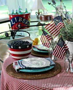 21 Rosemary Lane: Patriotic Table Setting