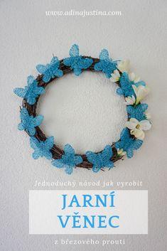 Jarní věnec s motýly z březového proutí Crochet Necklace, Knitting, Spring, Projects, Diy, Decor, Summer, Log Projects, Blue Prints