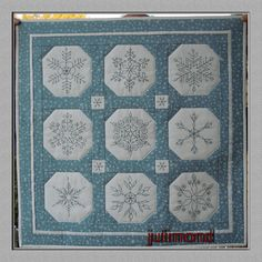 Snowflake Quilt on Julimond blog