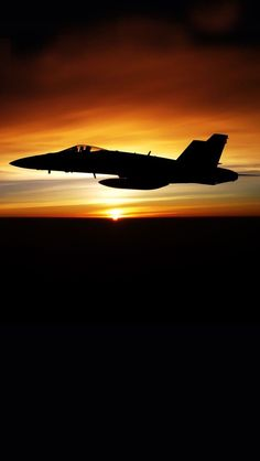 Fighter Jet Silhouetted At Twilight Wallpaper Free Fighter Pilot, Fighter Aircraft, Fighter Jets, Military Jets, Military Aircraft, Photo Avion, Airplane Fighter, Jet Plane, Airplane View