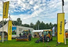 Build A Better World, Worlds Of Fun, Tractors, Construction, Events, Urban, Building, Buildings