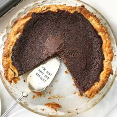 The first time I made this Chocolate Buttermilk Pie, it cracked down the middle just minutes after it came out of the oven. I have a history of making ugly pies (my motor skills leave something to… Chocolate Fudge Pie, Chocolate Chip Cookie Pie, Chocolate Custard, Flourless Chocolate Cakes, Chocolate Desserts, Chocolate Buttermilk Pie Recipe, Buttermilk Sky Pie, Chocolate Fried Pies, Recipes With Buttermilk